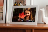 Fireside Smart Frame [iOS/Android] + Intelligent Cloud