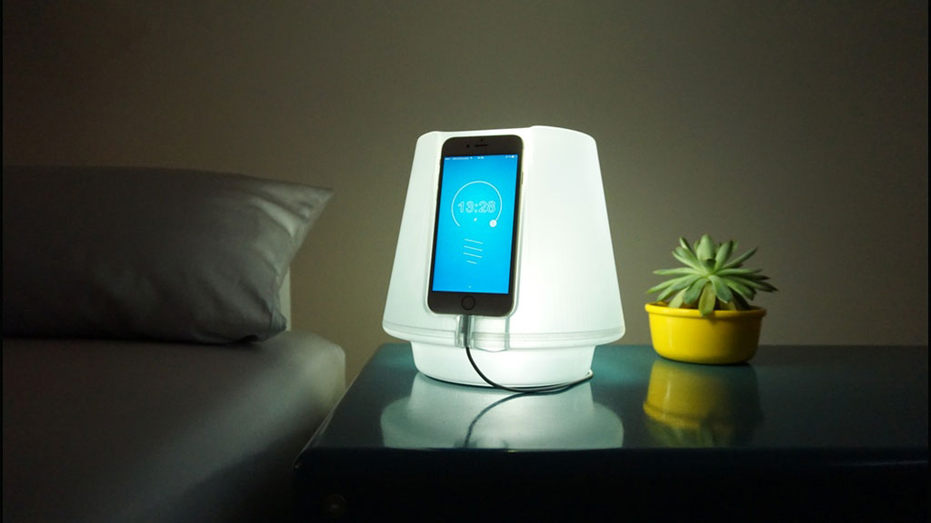 Uplamp Turns Your Iphone Into A Smart Night Lamp
