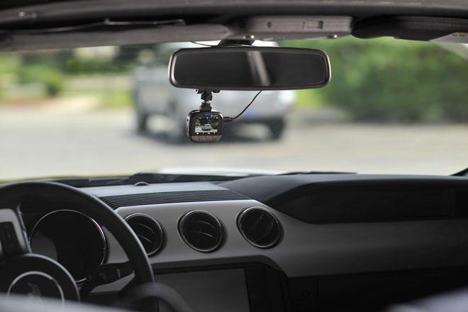 cobra-drive-dash-cam