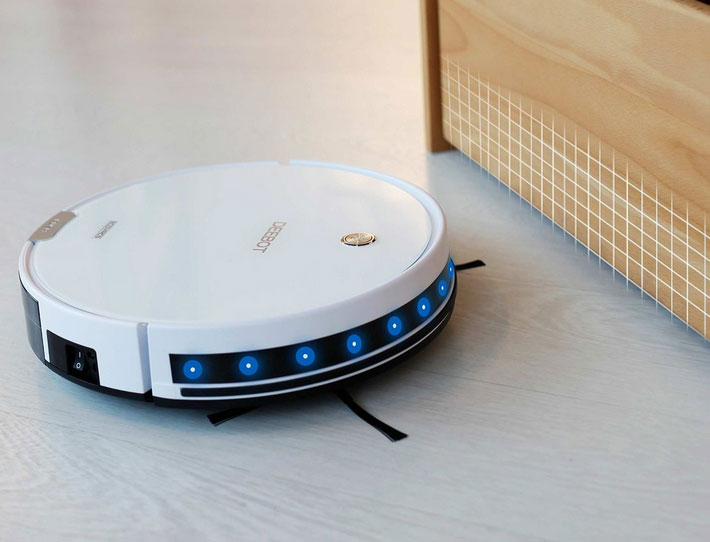 DEEBOT M82 Robot Vacuum Cleaner - Connected Crib